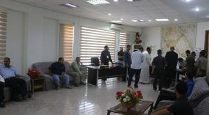 ضمن سياسية الباب المفتوح : مدير بلدية النجف يستقبل المراجعين في مكتبه