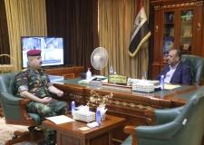 محافظ النجف الاشرف  يستقبل في مكتبه مدير الاستخبارات والارهاب