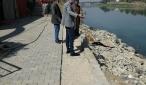 الموارد المائية  تتابع ميدانيا التجاوزات التي رفعت من حوض نهر الفرات في قضاء الكوفة